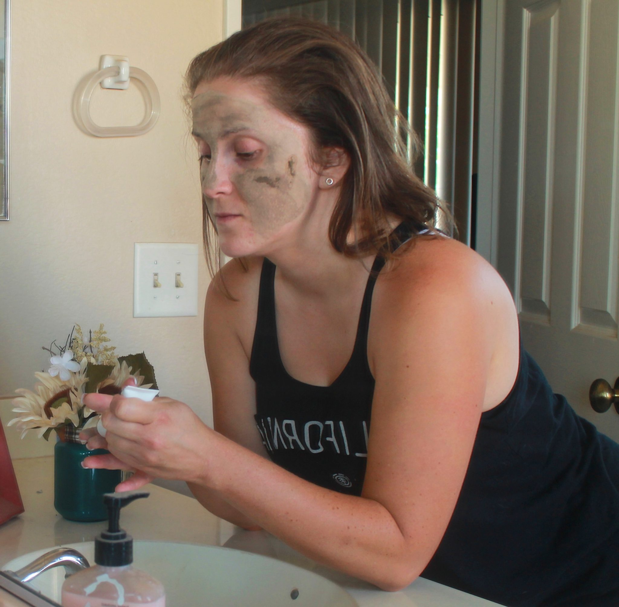 My Organic Skincare Routine to Keep Acne at Bay