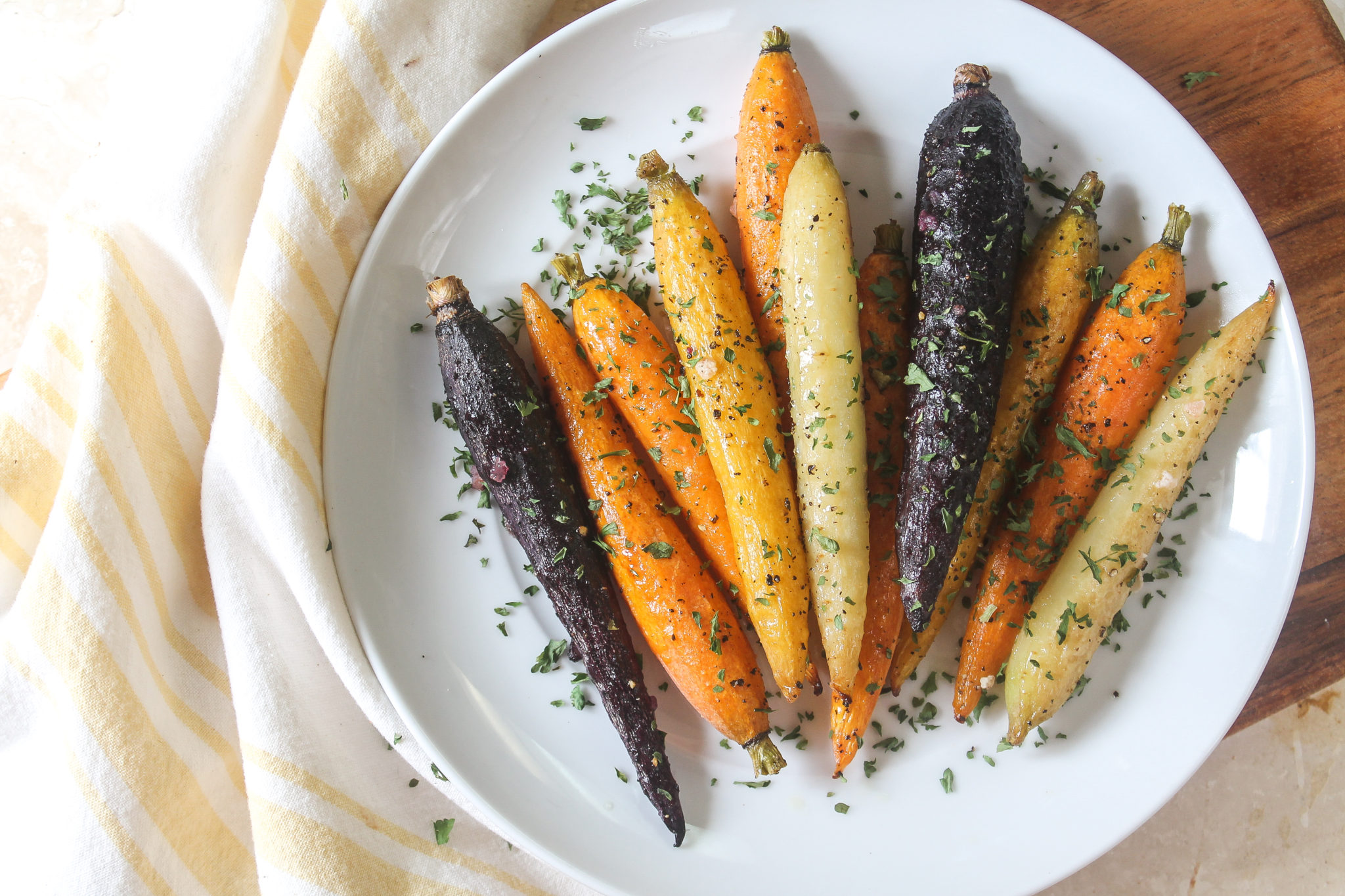 paleo oven roasted rainbow carrots